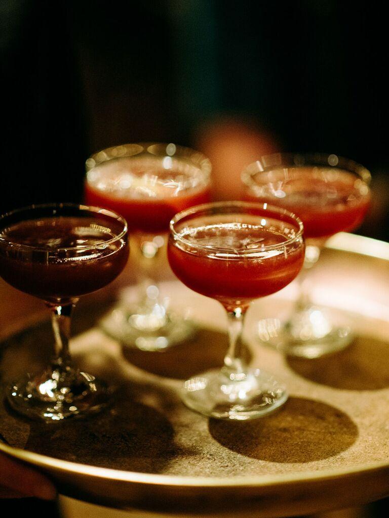 winter wedding ideas red cocktails