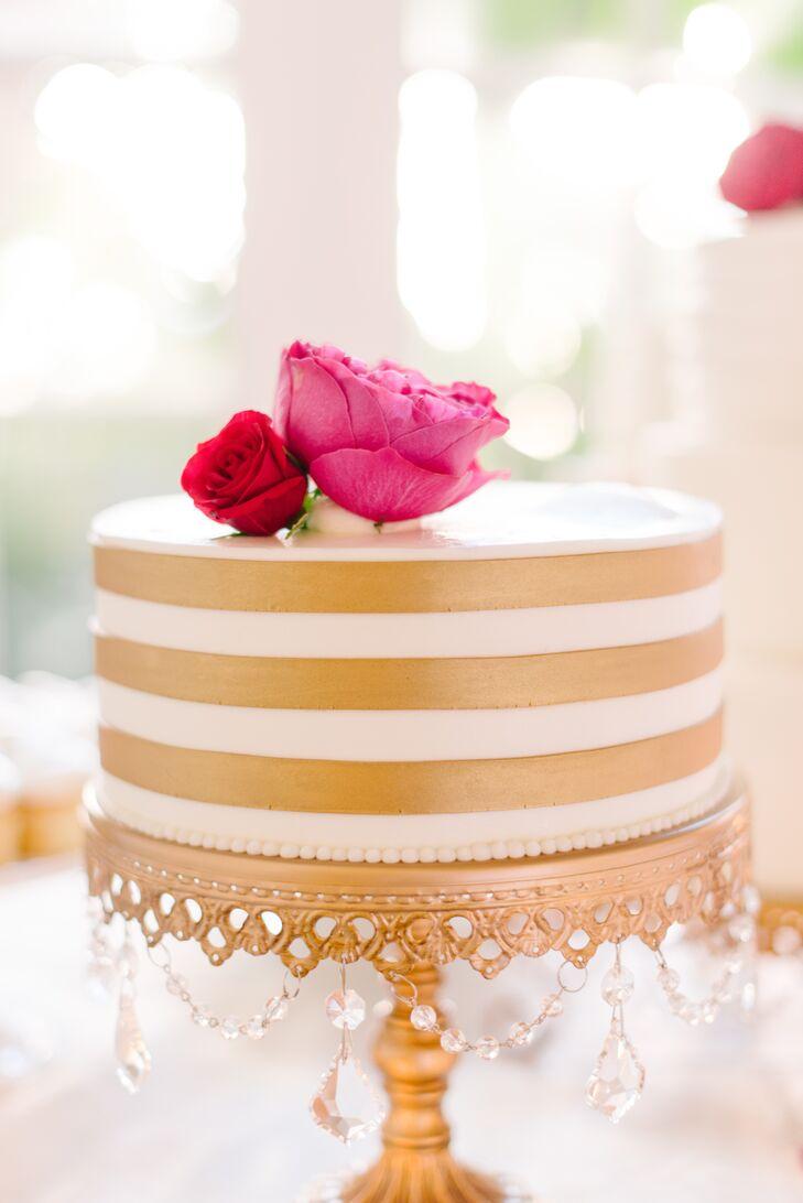 Gold Stripe Single Tier Wedding Cake