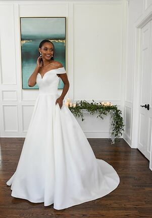 Essense of Australia D3232 A-Line Wedding Dress