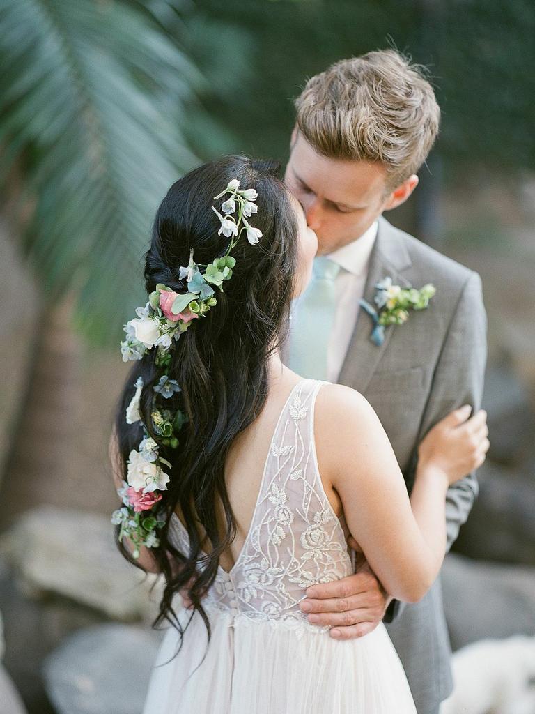 country wedding hairstyles flower vine