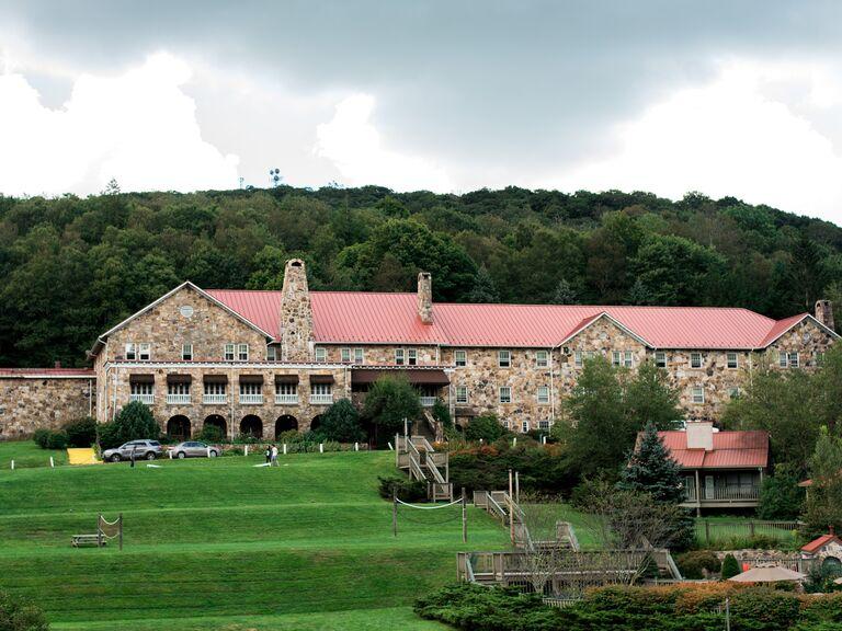 Mountain wedding venue in Pembroke, Virginia.