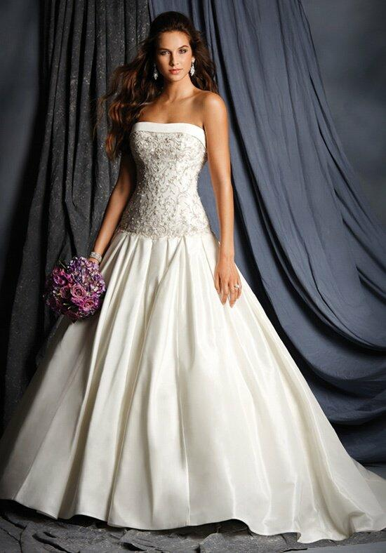 The Alfred Angelo Collection 2504 Wedding Dress photo