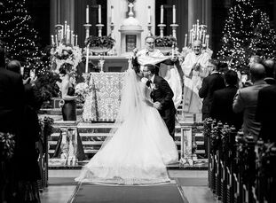 For their elegant Christmastime wedding in San Francisco, Grace Qaqundah and Stephen Auld fused their backgrounds and cultures—she's from Palestinian