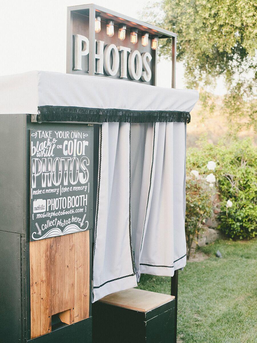 15 Photo Booth Ideas For A Fun Wedding Reception