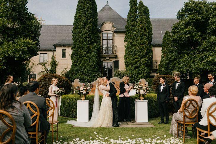 Estate Wedding Ceremony in Michigan
