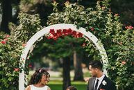 Alexia and Bryan wed in an intimate minimony surrounded by a limited number of friends and family, an abundance of fragrant roses and endless love. Wh