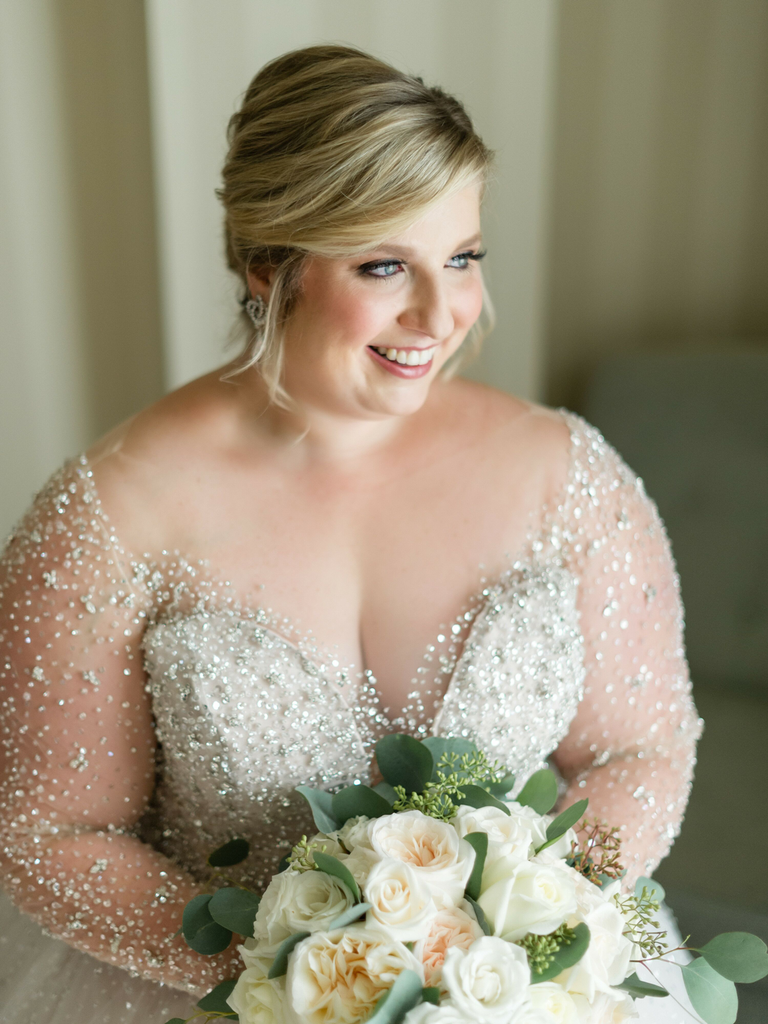 country wedding hairstyles smooth bun