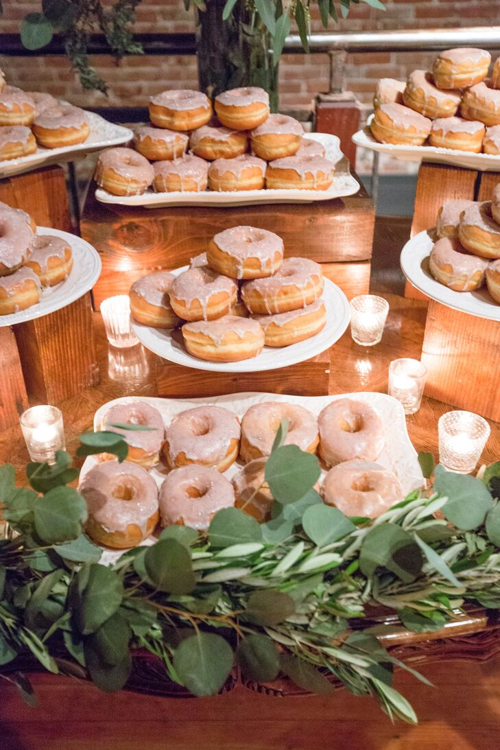 In a refreshing departure from traditional wedding cake, Alexandra and Walter offered guests a variety of fresh doughnuts for dessert.