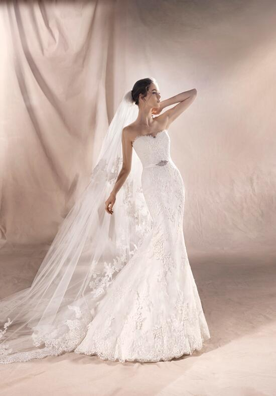 WHITE ONE SAVILA Wedding Dress photo