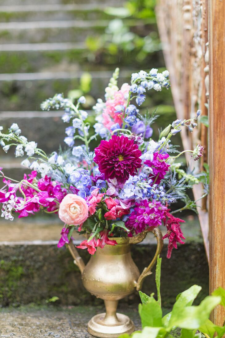 Colorful Flower Arrangement with Chrysanthemums and Roses