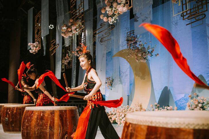 Traditional Chinese Drum Performer at Wedding in Zhangjiajie, China