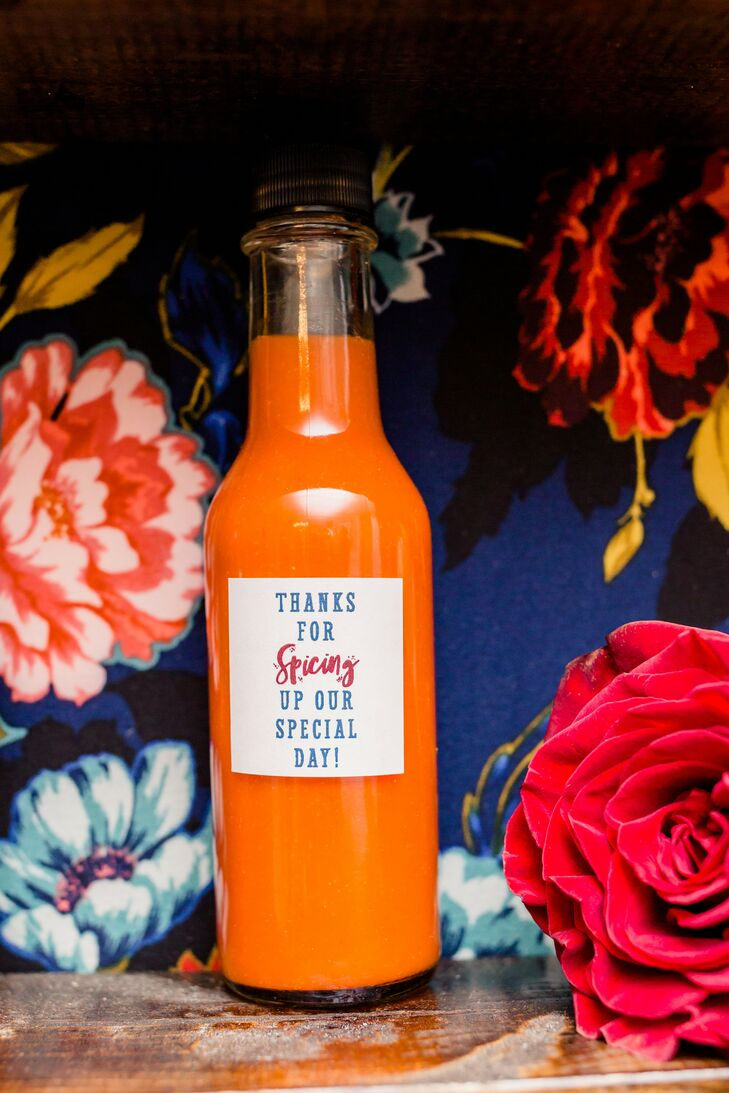 Hot Sauce Favors for Wedding at Toledo Country Club in Ohio