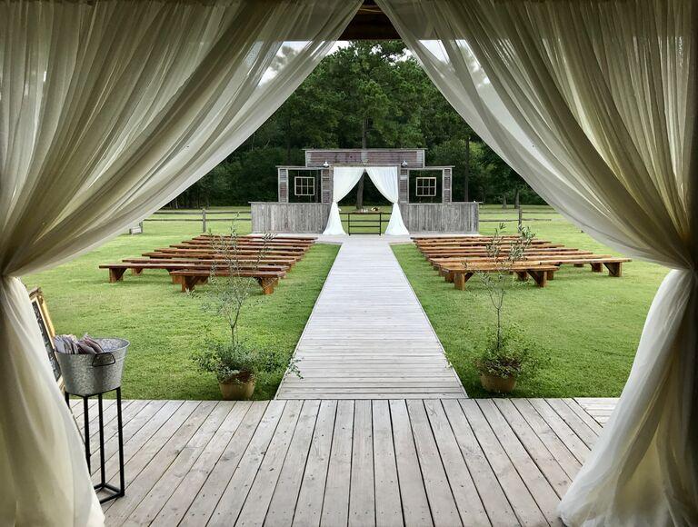 Houston wedding venue in Crosby, Texas.