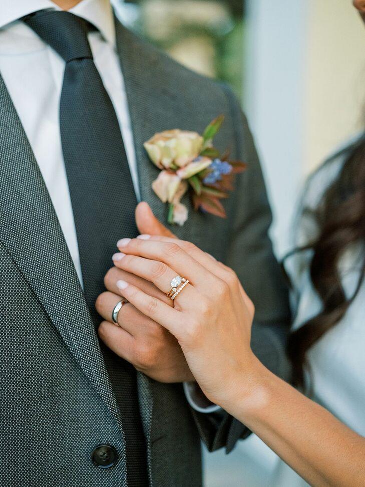 Engagement Ring with Horizontal Diamond Setting