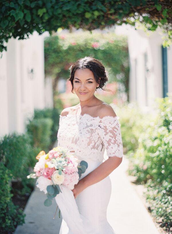 Off-the-shoulder neckline wedding dress