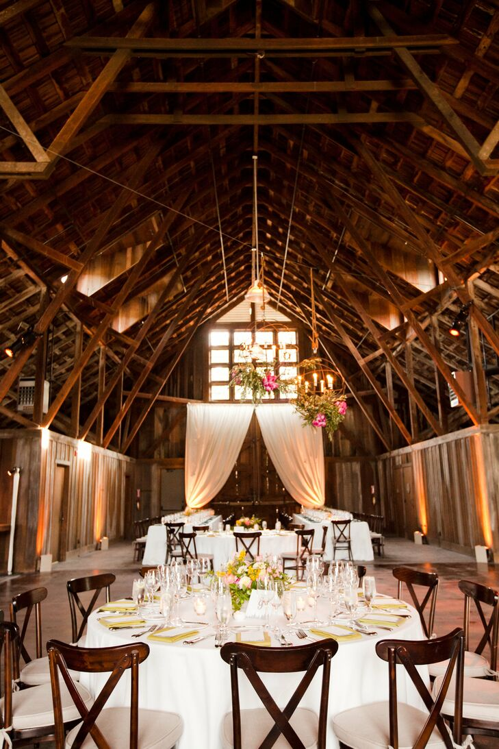 Elizabeth and Kristof wanted their wedding to embrace the natural beauty of California in the summer. Everything else— from the outdoor ceremony to the rustic barn reception—fell into place from there. The CA state flower (poppy) tied it all together.