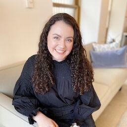 sarah hanlon associate editor the knot