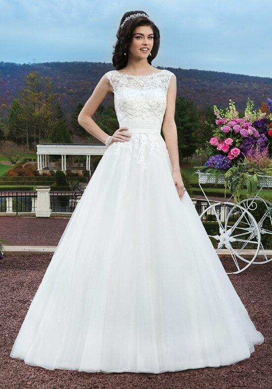 Sincerity Bridal 3804 Wedding Dress photo