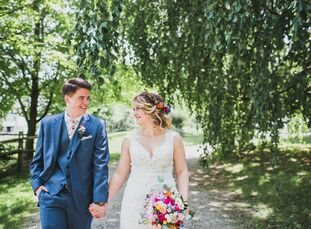 """""""We wanted everything to feel like a big party in our backyard,"""" Kathleen Mooney (28 and a board game manufacturer) says of her laid-back wedding to K"""