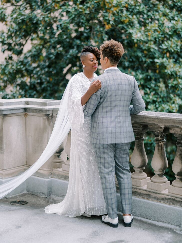Same-Sex Couple Shares Private Moment at Anderson House in Washington, D.C.