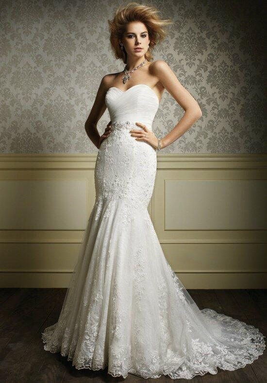 Sapphire by Alfred Angelo 887NB Wedding Dress photo