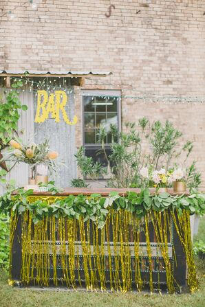 Outdoor Bar With Gold Tinsel