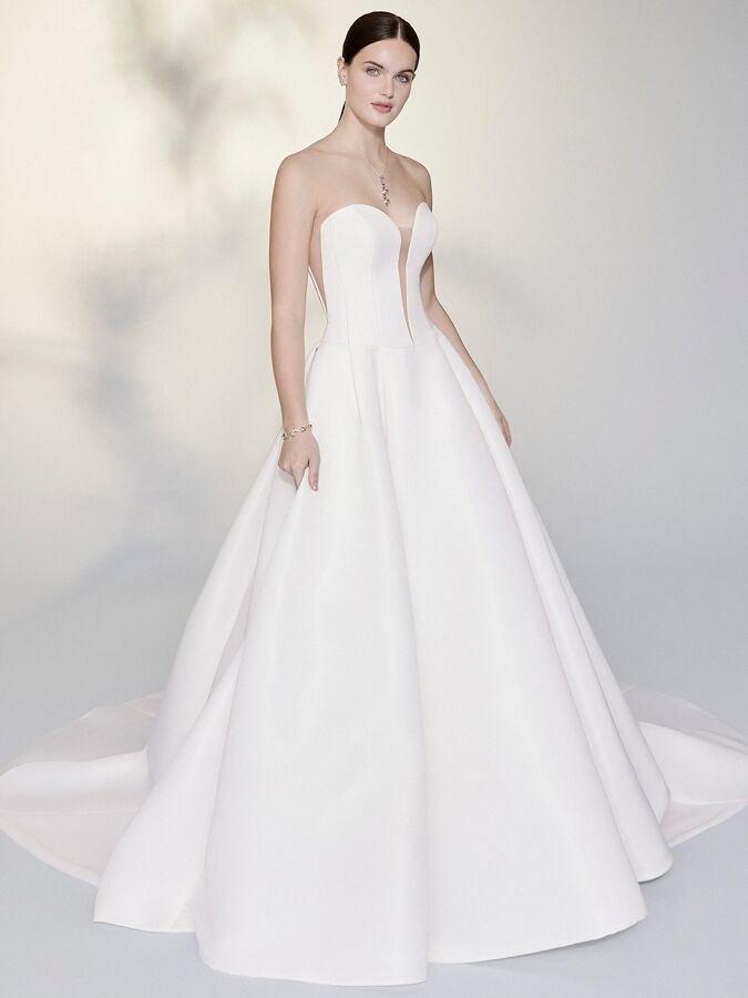 Justin Alexander Signature strapless ball gown with oversized modern bow