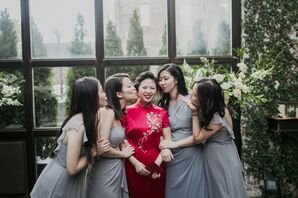 Chinese Bride with Bridesmaids