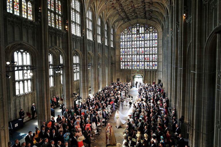 meghan markle royal wedding aisle