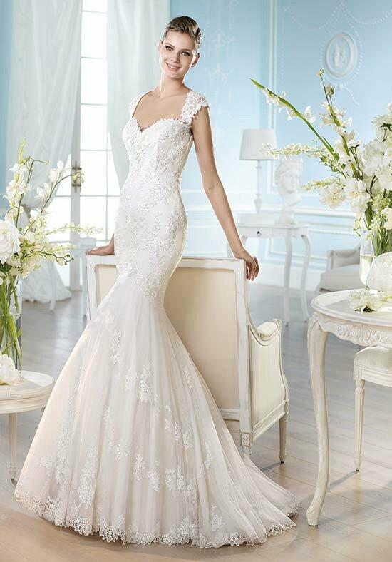 ST. PATRICK Costura Collection - Halsey Wedding Dress photo