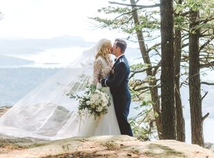 """After a chance meeting at a Raleigh, North Carolina, bar, Vanessa (28 and a nurse) and Jonathon (30 and an Air Force officer) became inseparable.  """"I"""