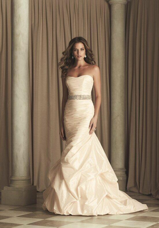 Paloma Blanca 4453 Wedding Dress photo