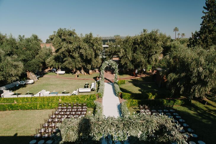 The garden area where Lauren and Jacques held their ceremony featured views of the nearby Atlas Mountains, the property's rose garden and the hotel's riad as the backdrop.