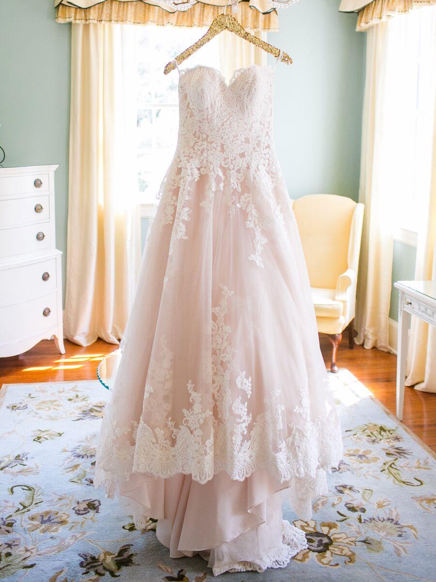 The Prettiest Blush And Light Pink Wedding Gowns,Blush Pink Beach Wedding Dresses