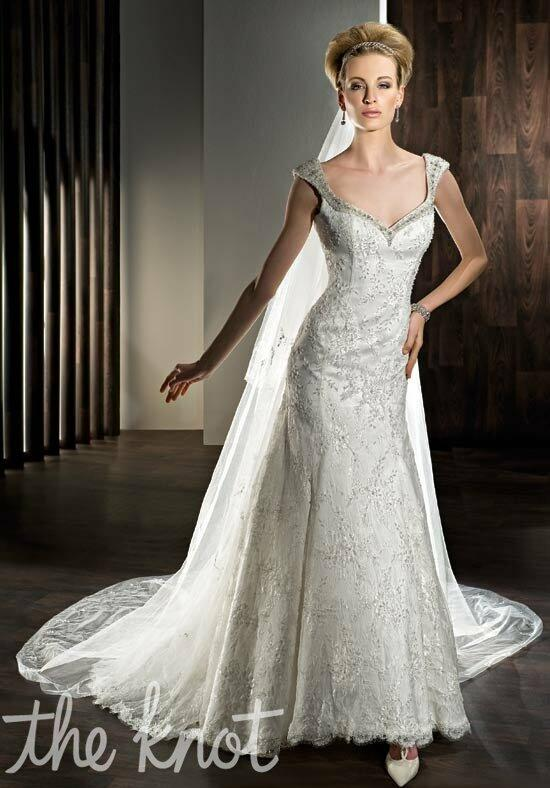 Demetrios 1432 Wedding Dress photo
