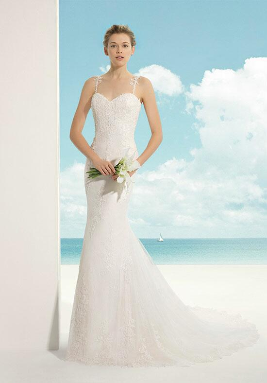 Soft by Rosa Clará Vicky Wedding Dress photo