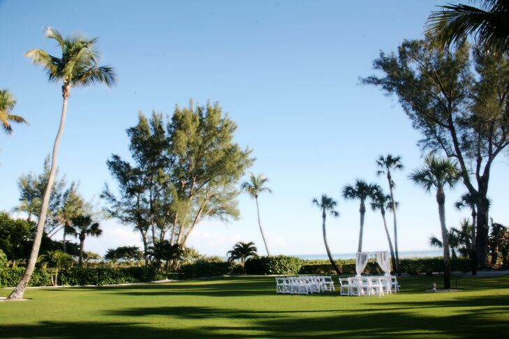 The ceremony took place on the waterfront lawn at the Casa Ybel Resort in Sanibel Island, Florida.
