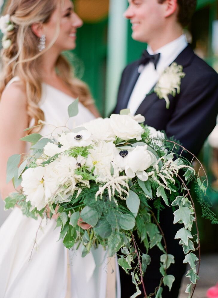 Cascading Bohemian Ivy and White Floral Bouquet