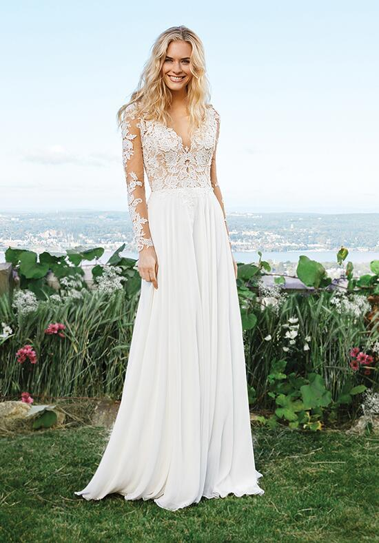 Lillian West 6422 Wedding Dress photo