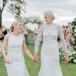 The Knot Dream Wedding 2017: Elena Delle Donne and Amanda Clifton are married