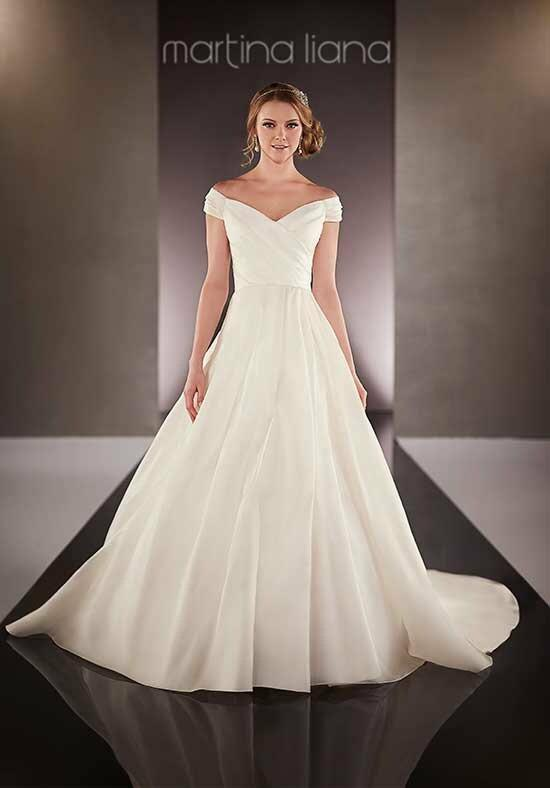 Martina Liana 712 Wedding Dress photo