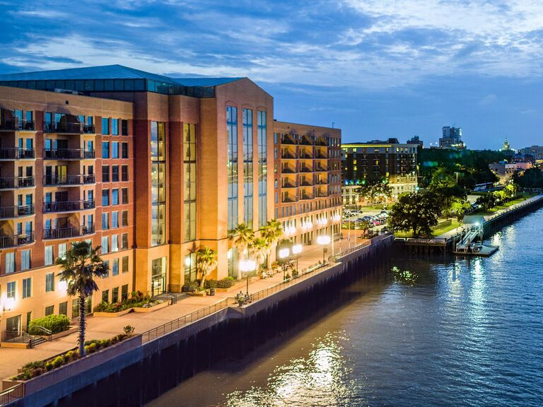 Riverfront hotel in Savannah