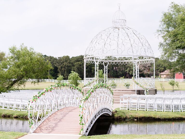 North Texas wedding venue in Burleson, Texas.