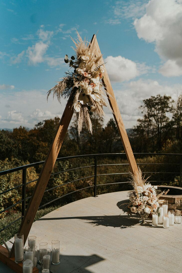 Rustic Triangle Arch Overlooking Mountains in Asheville, North Carolina