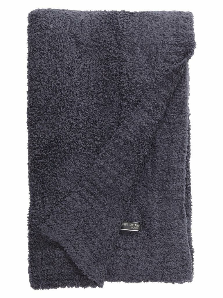 Snug throw blanket mother-in-law gift idea