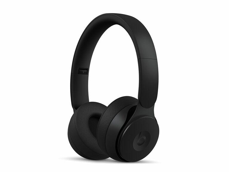 beats noise canceling headphones
