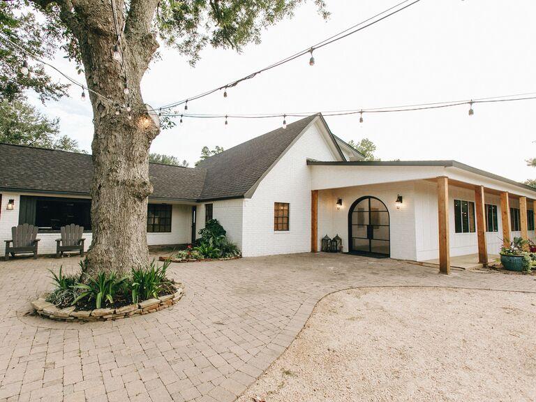 North Texas wedding venue in Wharton, Texas.