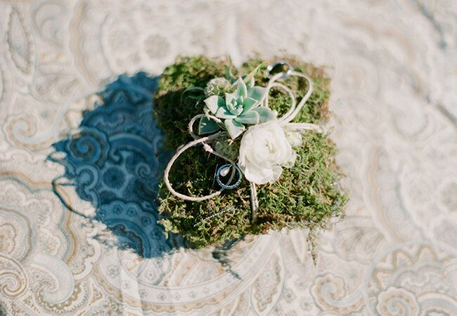 Photo: Gaby J Photography // Featured: The Knot Blog