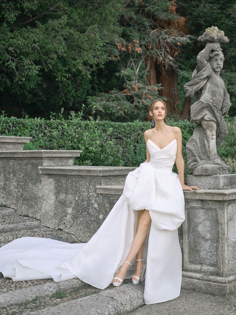 monique lhuillier high low gown