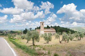 Wedding Venue in the Tuscan Hillside